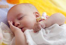 Rugligging baby