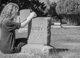 levenloos geboren kind