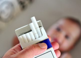 roken in huis met baby