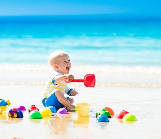 baby op strand